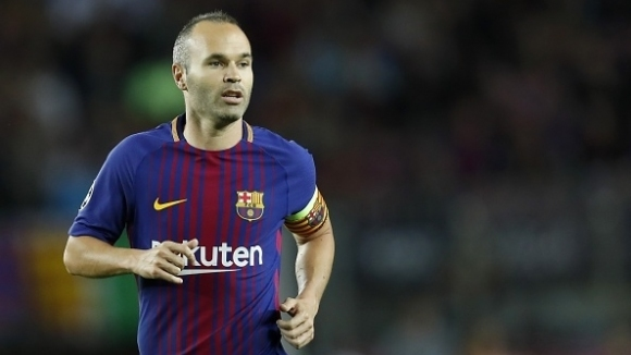 Iniesta called for a peaceful dialogue between Catalunya and Spain